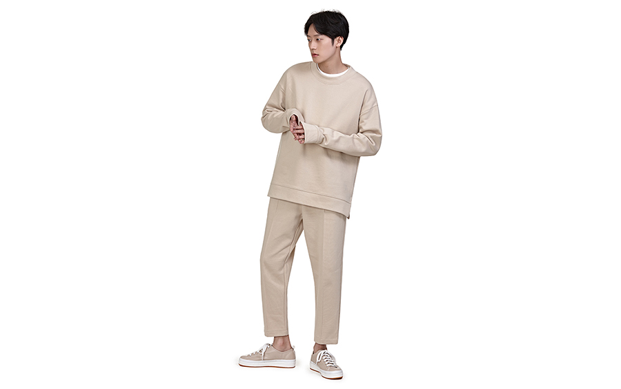 Loose T-Shirt and Front Seam Accent Pants Set