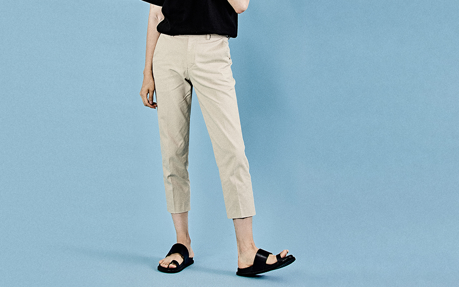 Button Tab Cropped Pants