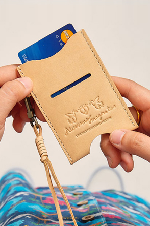 AWESOME IMAGINATIONLeather Card Holder