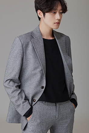 Double-Buttoned Basic Smart Jacket