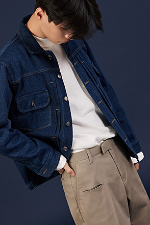Pleated Denim Jacket  (Blue)