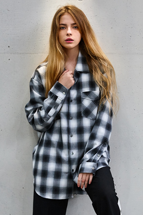 AWESOME IMAGINATION Tailored Loose Check Button Up Shirt  (Black)