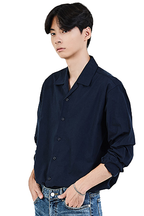 Classic Convertible Collar Button-Up Shirt