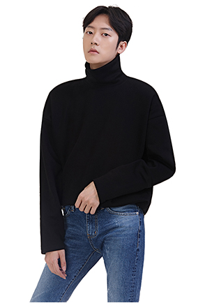 Drop Shoulder Turtleneck Pullover