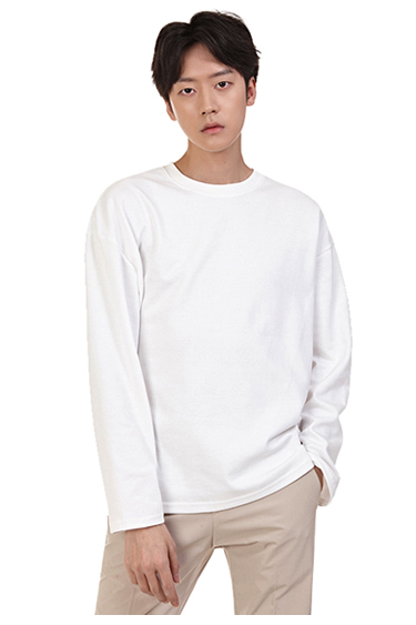 Crew-Necked Long Sleeve T-Shirt