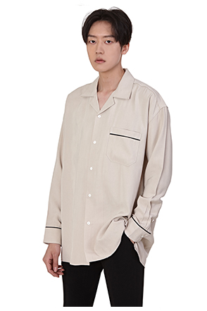 Loose Fit Contrast Accent Shirt