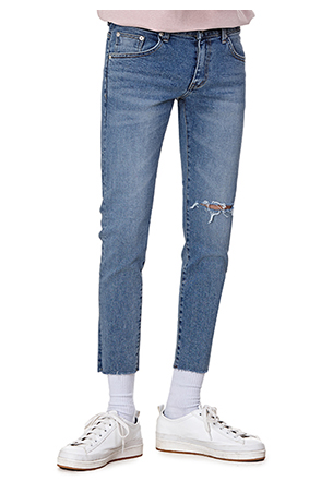Rip Accent Whisker Wash Raw Hem Jeans