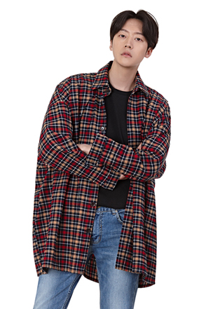 Loose Fit Longline Plaid Shirt