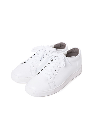 Round Toe Synthetic Leather Sneakers(White)
