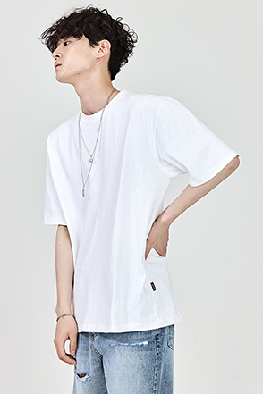 Relaxed Fit Elbow Sleeve T-Shirt