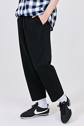 Cropped Loose Leg Solid Tone Pants