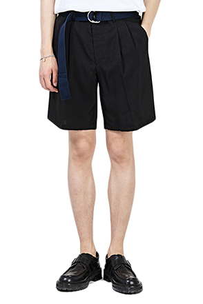 Pleated Loose Leg Shorts