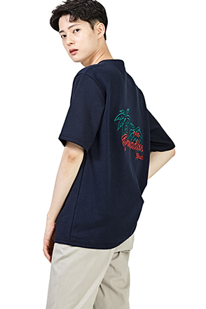 Palm Tree Lettering Embroidery T-Shirt