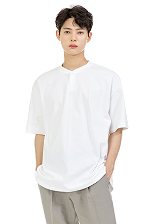 Two-Button Elbow Sleeve Shirt