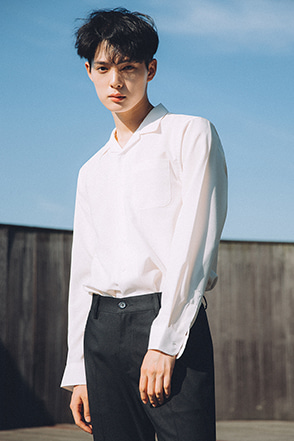 Convertible Collar Chest Pocket Shirt