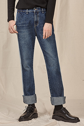 Side Strip Accent Jeans
