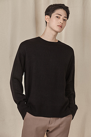 Basic Single Tone Sweater
