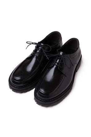 Apron Toe Derby Shoes