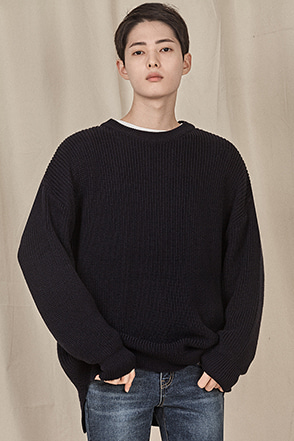 Loose Fit Crew Neck Knit Sweater