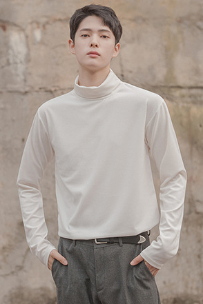Basic Turtleneck Long Sleeve T-Shirt