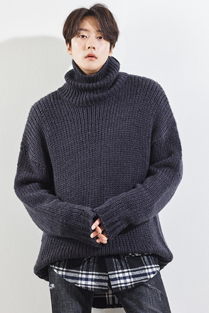 Rolled Turtleneck Knit Sweater