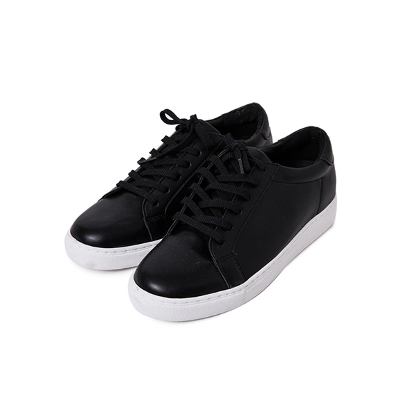 Round Toe Synthetic Leather Sneakers(Black)
