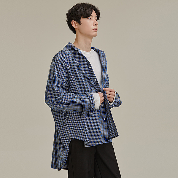 Extended Sleeve Check Button-Down Shirt